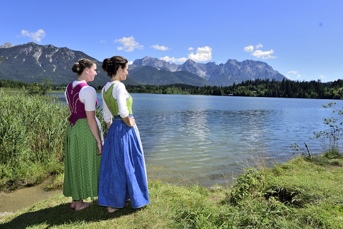 young girls in local clothes at the Barmsee