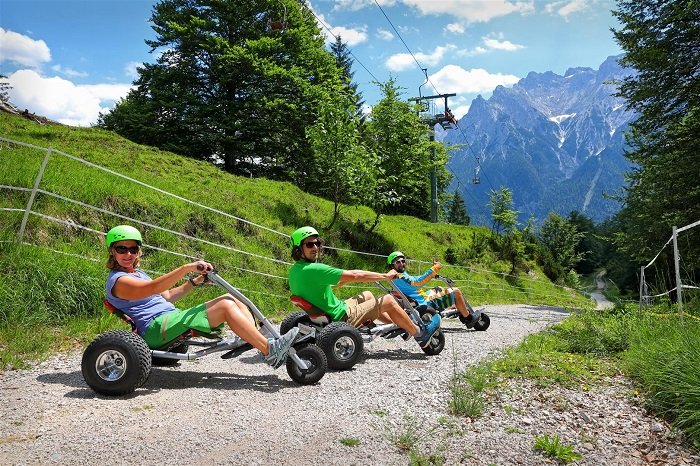 Mountain carts at the Kranzberg in Mittenwald
